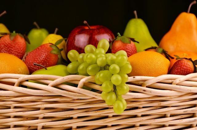 Fruit Basket, Grapes, Apples, Pears, Strawberries