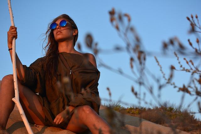 Beautiful, Daylight, Facial Expression, Fashion, Grass
