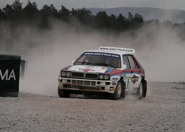 Race, Auto, Race Track, Rally, Gravel, Lancia, Delta