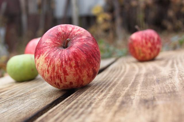 Apples, Fruit, Apple, Red Apple, Green Apple