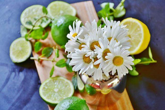Daisies, Lime, Lemons, Citrus Fruit, Sour, Green