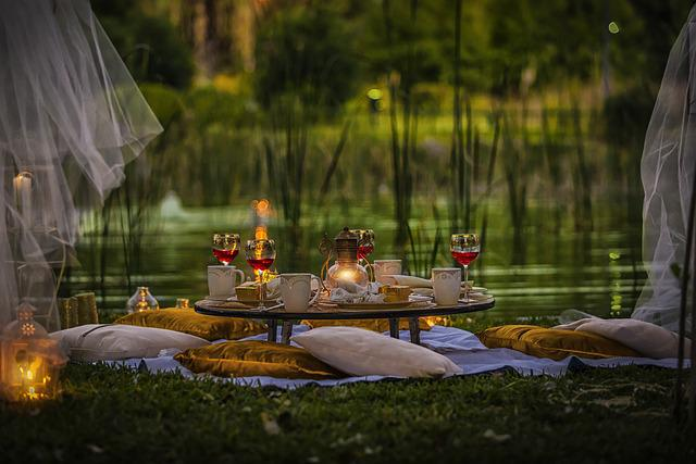 A Toast, Green, Pillow, Table, Nature, Place Table