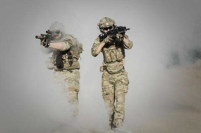War, Desert, Guns, Gunshow, Soldier, Action, Smoke