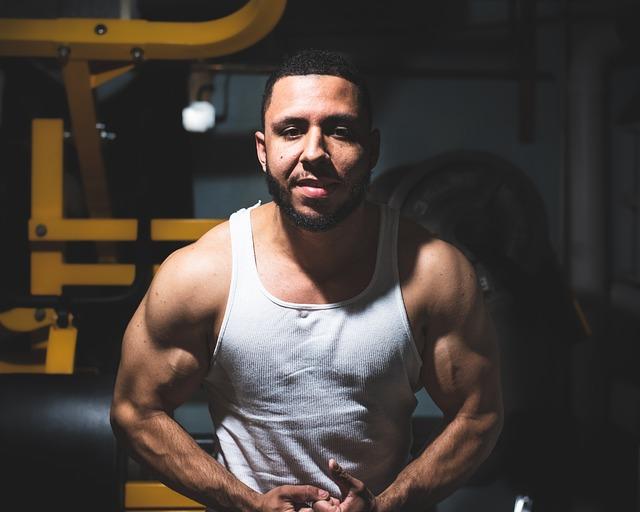 Muscle, Fitness, Bodybuilder, Gritty, Gym, Dark