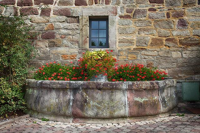 Fountain, Half Round, Hauswand, Facade, Water, Building