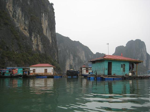 Halong, Halong Bay, Bay, Vietnam, Fishing Village
