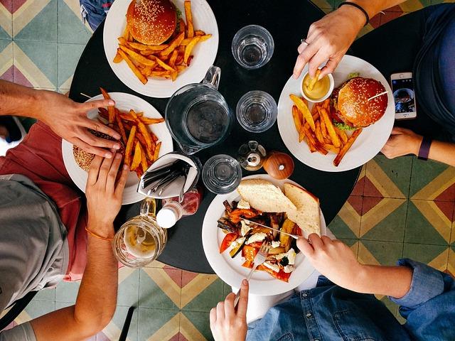 Restaurant, People, Men, Women, Eating, Food, Hamburger