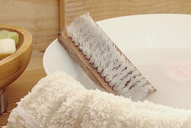 Wash Brush, Hand Brush, Wash Bowl, Water, Soapy Water
