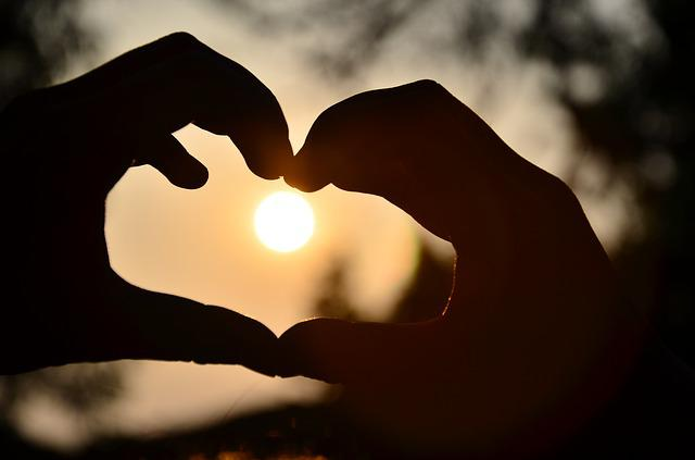 Heart, Warm, Light And Shadow, Beautiful, Hand, Icon