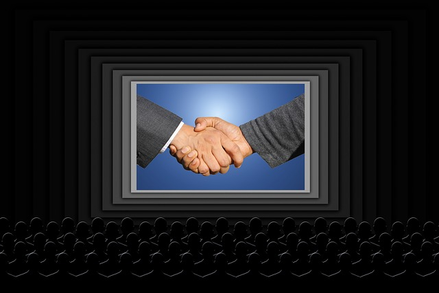 Shaking Hands, Handshake, Viewers, Film, Cinema
