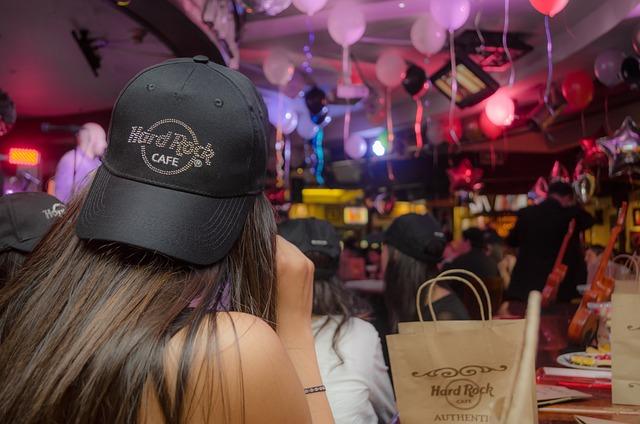 Party, Hard Rock Cafe, Child