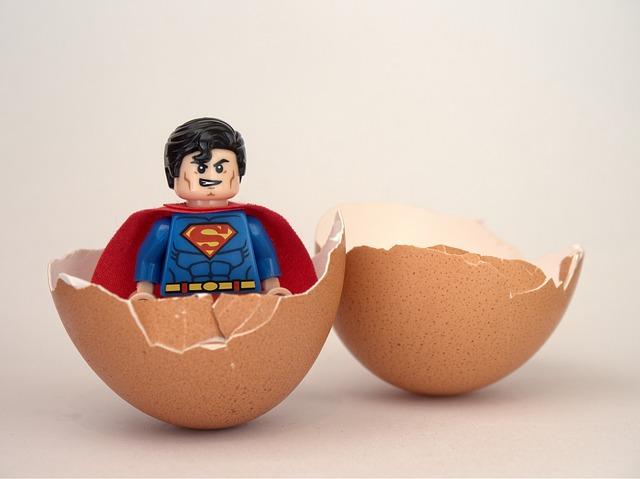 Superman, Lego, Egg, Hatch, Hatched, Begin, Beginning
