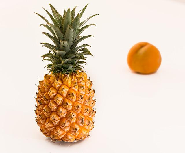 Pineapple, Tropical Fruit, Juicy, Sweet, Fresh, Healthy
