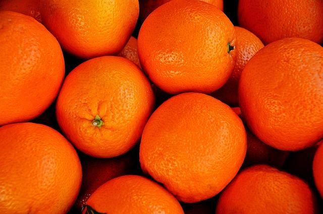 Orange, Left Untreated, Market, Purchasing, Healthy