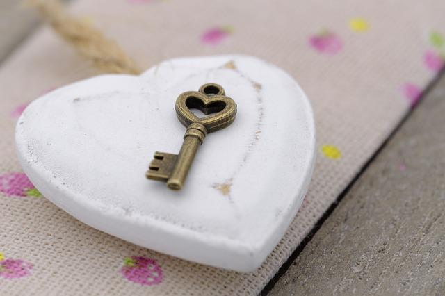 Key, Heart, Love, Romance, Romantic, Affection