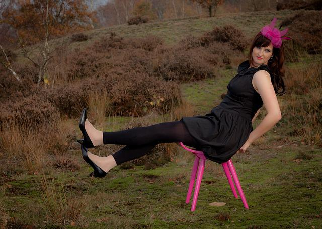 Woman, Heide, Pink, Black, Dress, Stool, Sit, Autumn