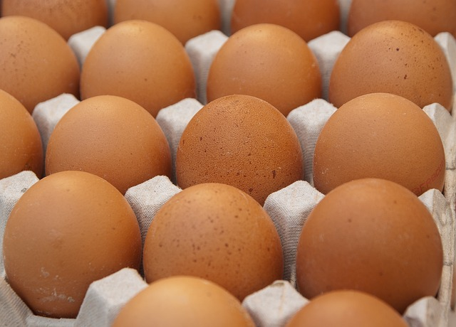 Eggs, Hen, Market, Egg Carton, Kitchen