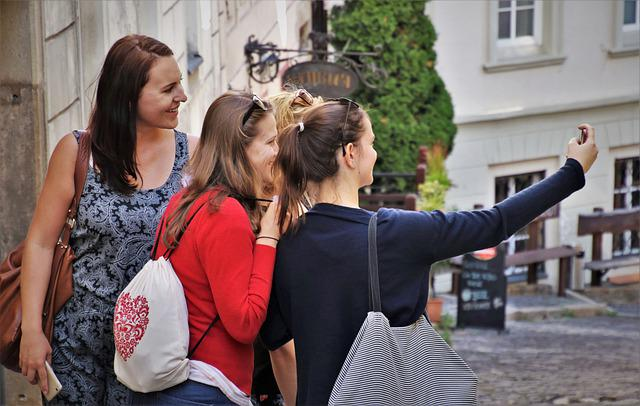 Selfie, A Smile, Happy, Here And Now, Friendship, Phone
