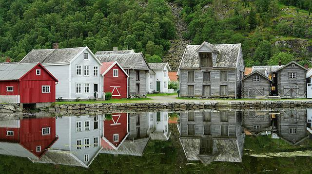 House, Lake, Mirroring, Old Houses, Historic Center