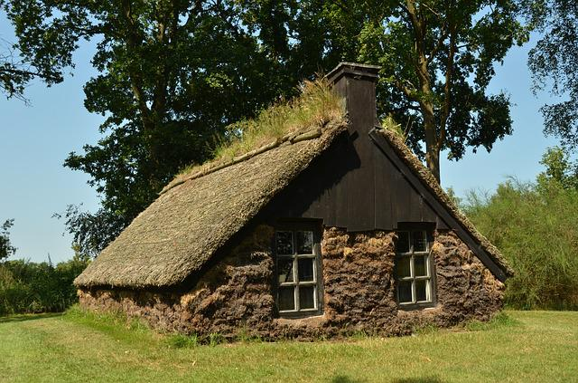 Hut, Sod, Spit Shack, History, Poverty