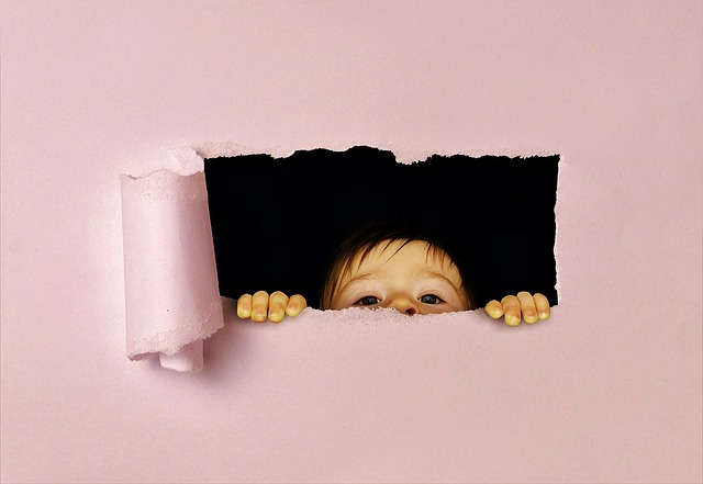 Perth, Child, Look, Pry, Funny, Torn Paper, Hole