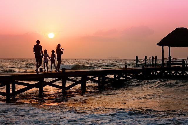 Family, Pier, Man, Woman, Children, Happy, Holiday