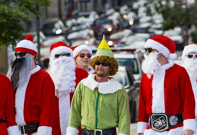Santa, Costume, Elf, Green, Red, Street, Claus, Holiday