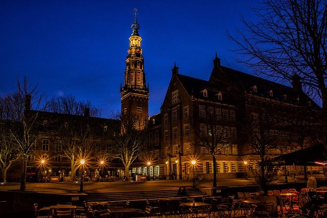 Suffer City, Holland, Blue Hour