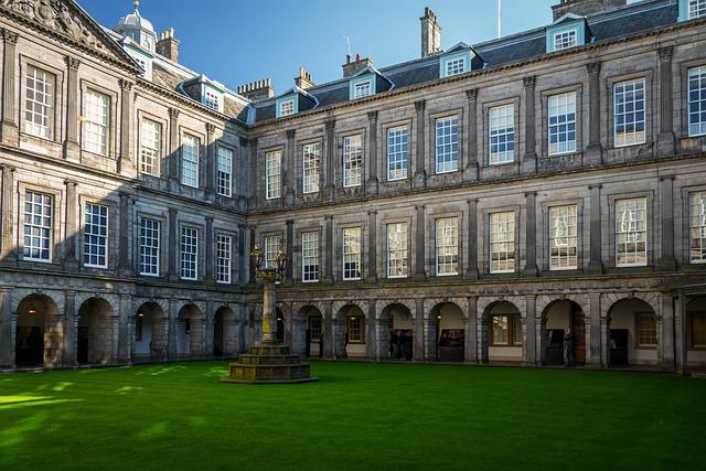 Holyrood Palace, Edinburgh, Edinburgh Palace, Scotland