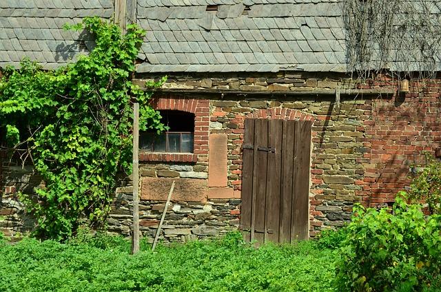 Farmhouse, Farm, Barn, Building, Old Farmhouse, Home