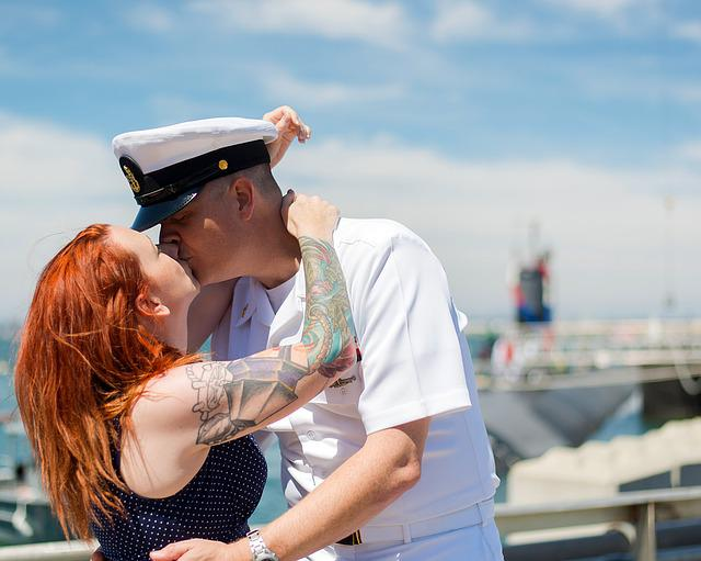 Kiss, Kissing, Veterans, Navy, Deployment, Home, Wife