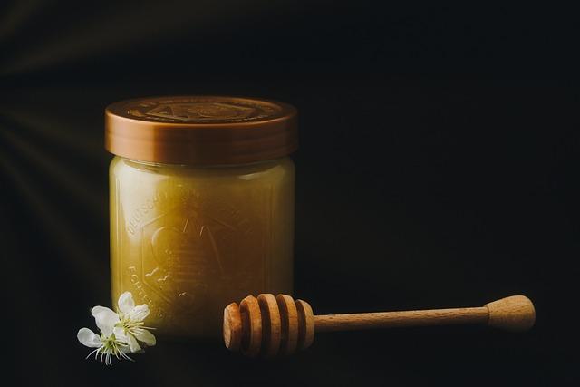 Honey, Beekeeper, Beekeeping, Glass, Honey Jar