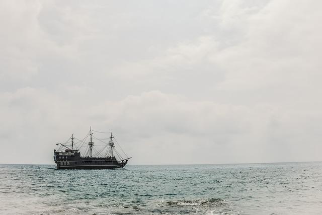 Sea, Horizon, Boat, Seascape, Sky, Clouds