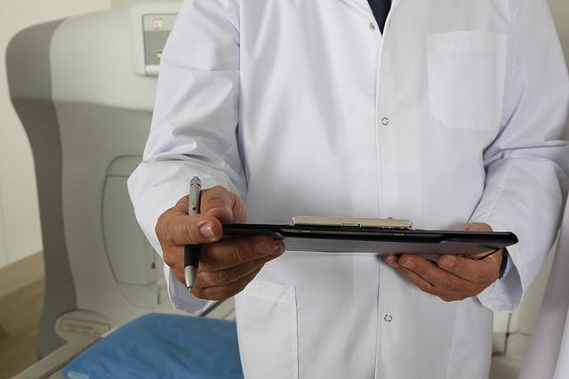 Doctor, Tomograph, I Am A Student, Hospital, Injection