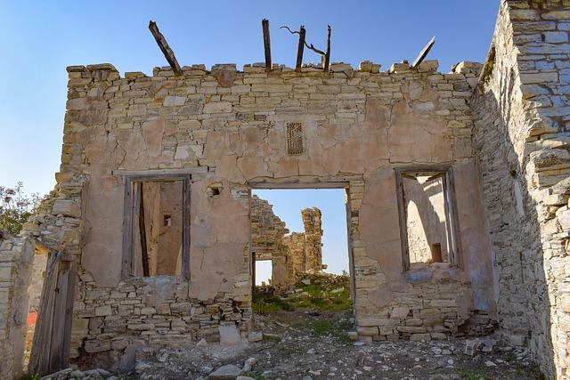 Ruins, House, Damaged, Aged, Weathered, Ruined