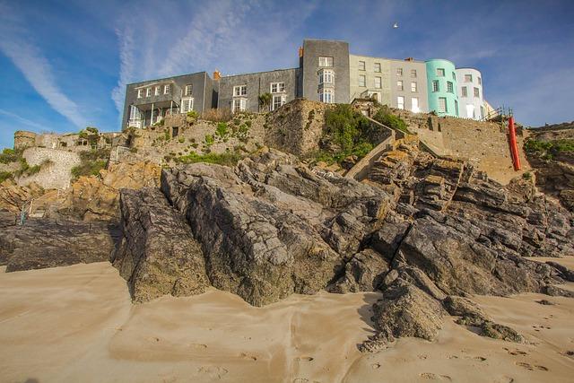 Houses, Reef, Coast, Tenby, Wales, England