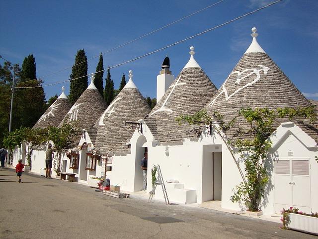 Italy, Alberobello, Houses, Homes, Buildings