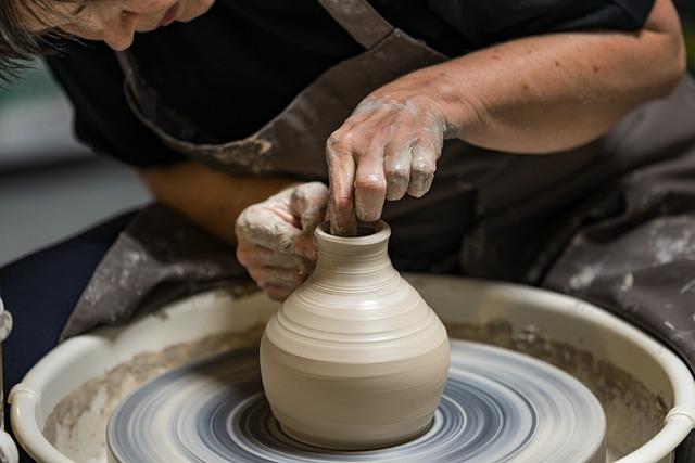 Potter, Pottery, Vase, Pot, Art, Craft, Ceramic, Hub