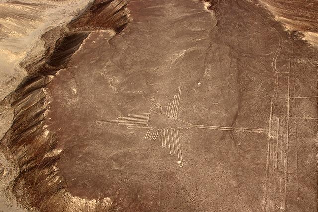 Nasca, Peru, Nazca Plateau, Nasca Lines, Hummingbird