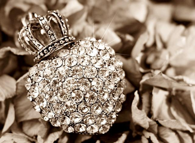 Heart, Crown, Hydrangea, Flower, Rhinestone Heart, Love
