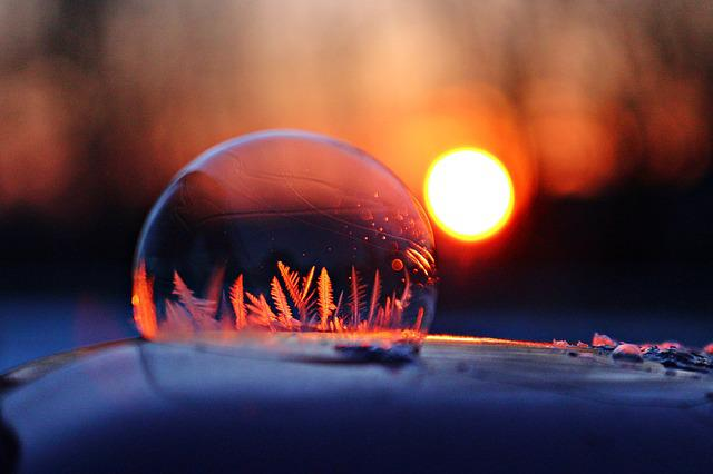 Ice Bubble, Ice Ball, Frost Bubble, Ice Crystal