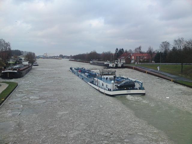 Channel Water - hypnofitmaui.com