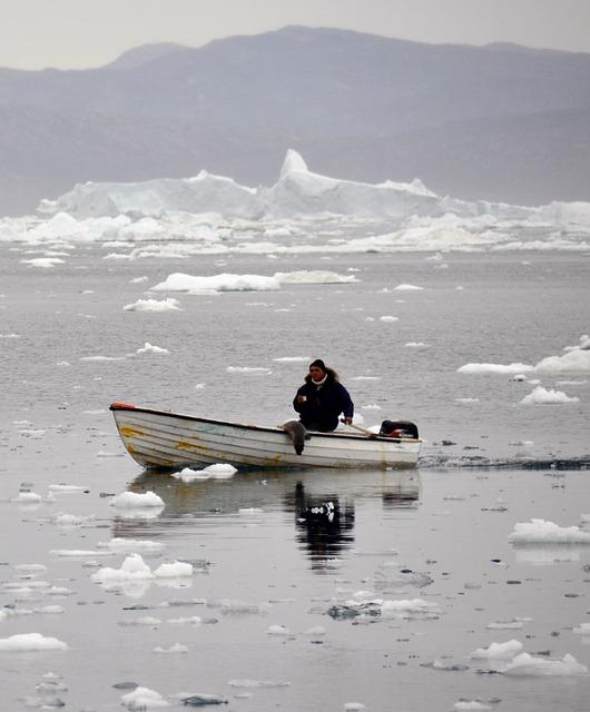 Inuit, Robben Hunter, Icefjord, Greenland