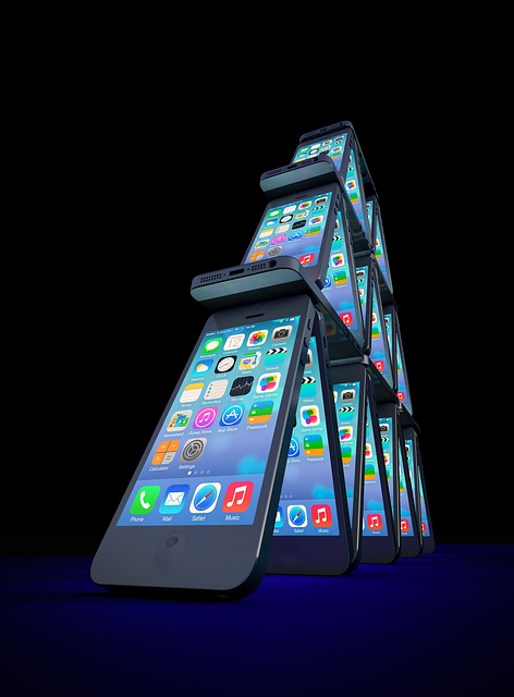 Iphone, House Of Cards, Mobile Phone, Apple, Display