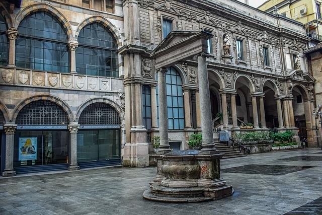 Piazza Dei Mercanti, Milan, Italy, Square, Architecture