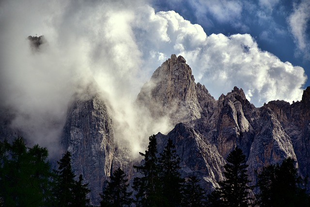 Val Pusteria, South Tyrol, Italy, Nature, Mountains