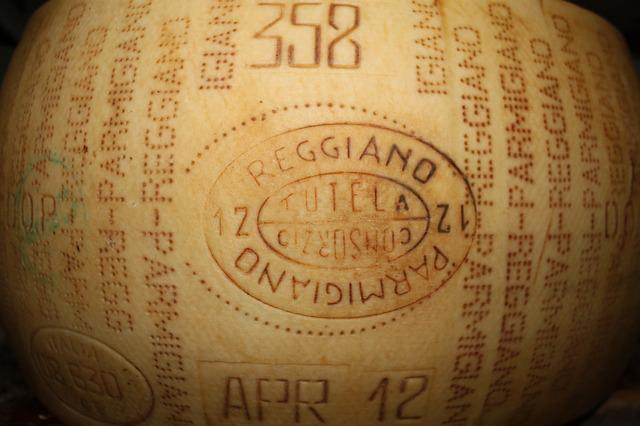 Parmigiano, Cheese, Mat, Italy