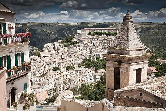 Italy, Sicily, Ragusa, Ragusa Ibla, Landscape, Holiday