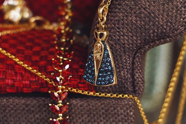 Jewelry, Jewellery, Jewels, Gemstones, Fashion