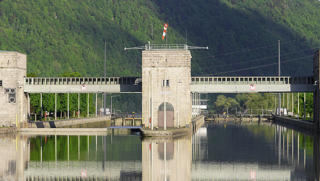 Danube Sluice, Gateway, Upper Water, Jochen Stone